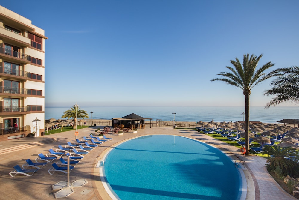 Pool : Outdoor Pool 7 of 80