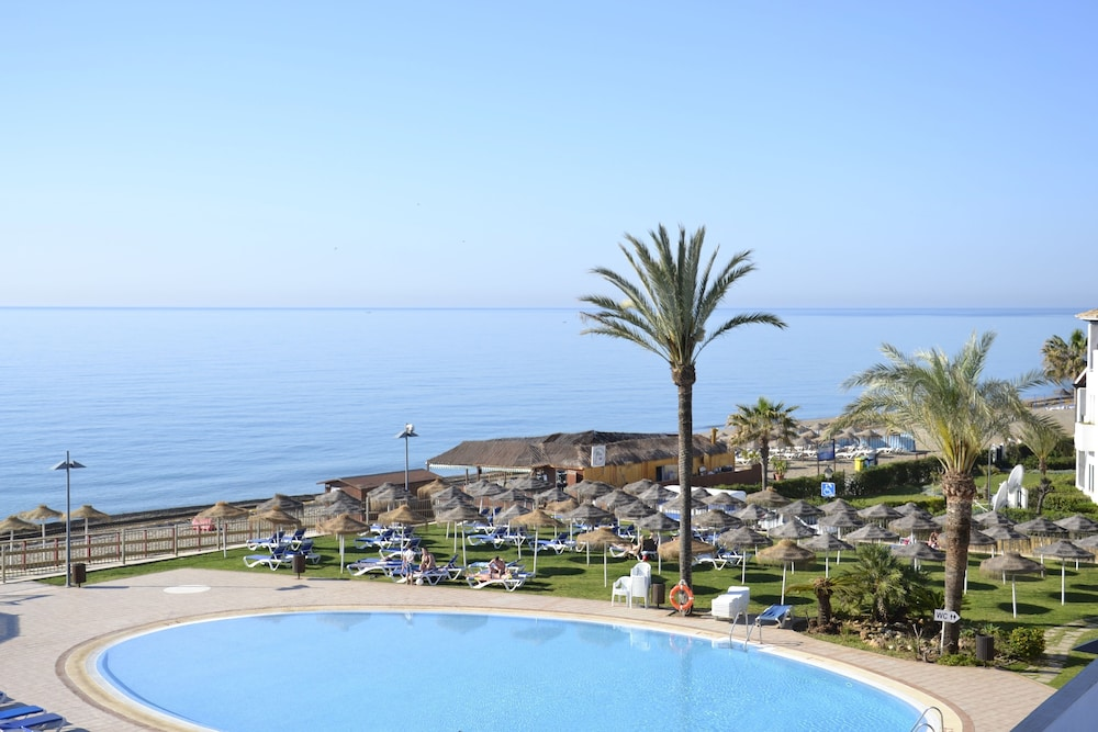 Pool : Outdoor Pool 6 of 80