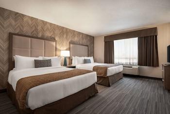 Room, 2 Queen Beds, Fridge, Microwave, Non Smoking