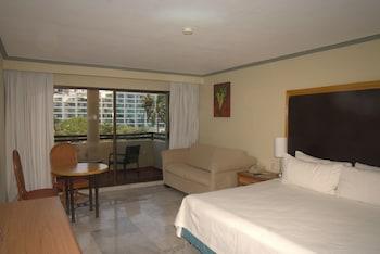 Standard Room, with Balcony