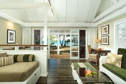 . Malolo Island Resort
