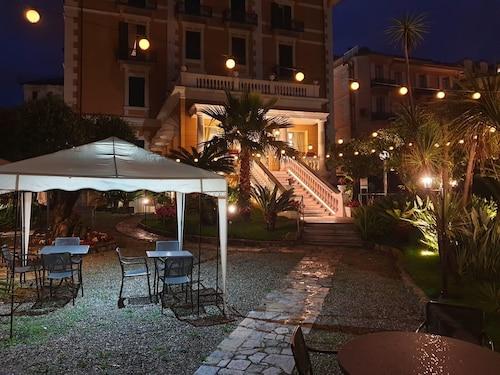 __{offers.Best_flights}__ Hotel Morandi