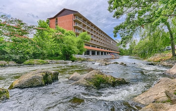 Hotel - Creekstone Inn