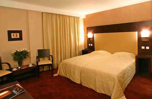 The Alassia Hotel, Attica