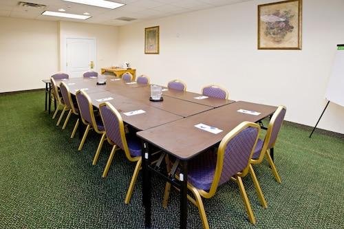 . Candlewood Suites St. Joseph / Benton Harbor, an IHG Hotel