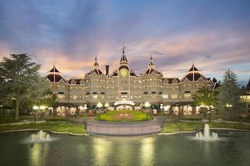 Hotel - Disneyland® Hotel