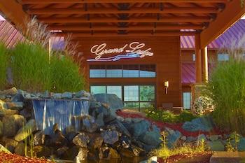 Grand Lodge Hotel