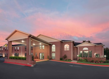 Hotel - Super 8 by Wyndham Lowell/Bentonville/Rogers Area