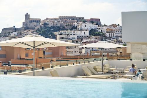 __{offers.Best_flights}__ El Puerto Ibiza Hotel Spa
