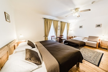 Standard Triple Room, River View