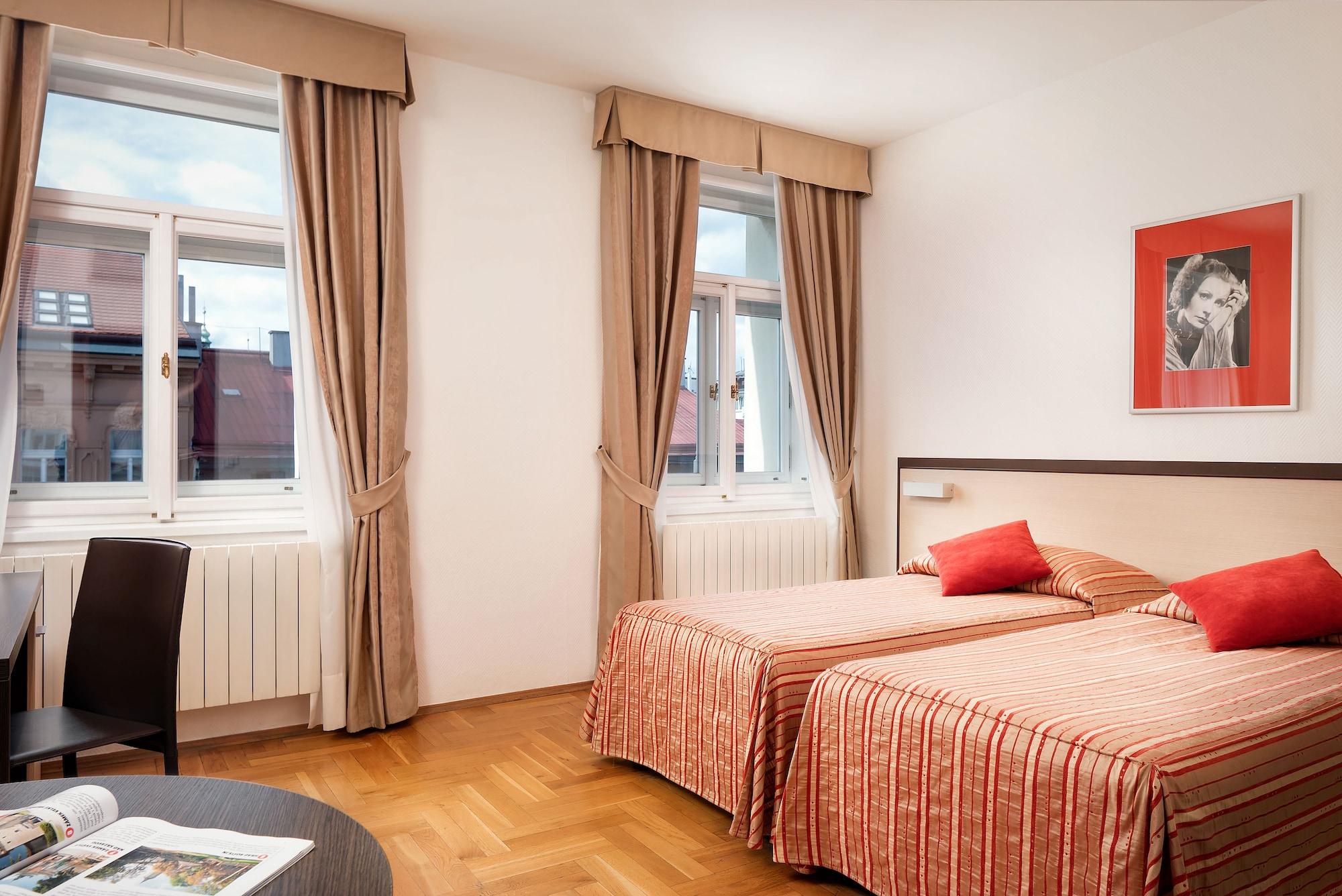 Hotel Praga 1, Praha 1