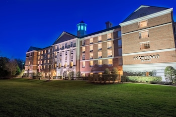 Courtyard by Marriott Chapel Hill photo