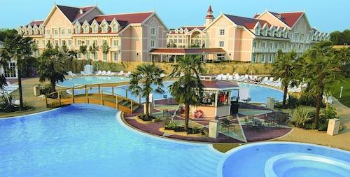 . Gardaland Hotel