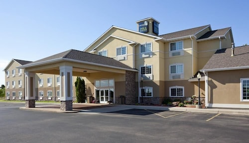 . GrandStay Hotel & Suites Becker-Big Lake