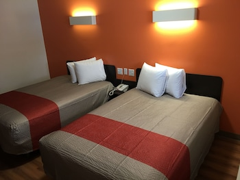 Deluxe Room, 2 Double Beds, Smoking, Kitchenette