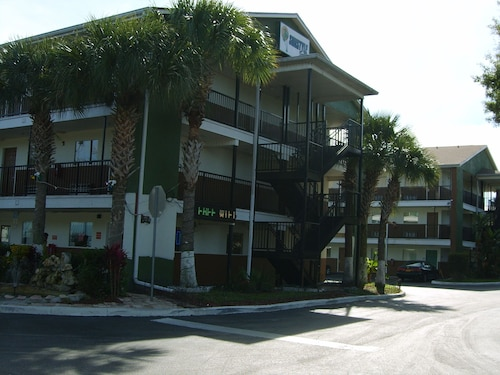 SunStyle Suites image 1