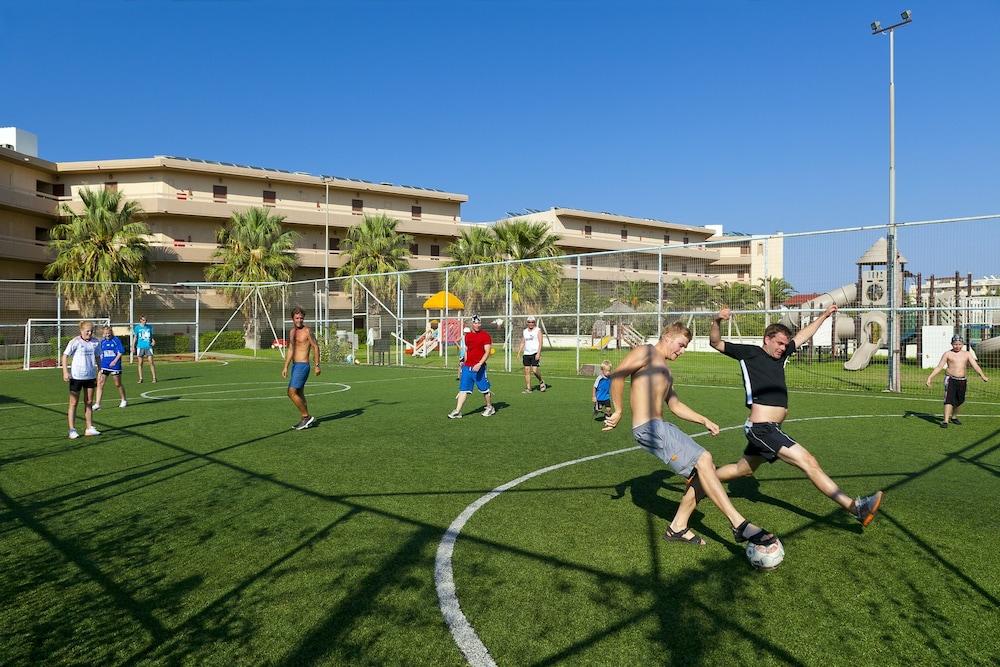 선 비치 리조트 콤플렉스(Sun Beach Resort Complex) Hotel Image 61 - Sports Facility