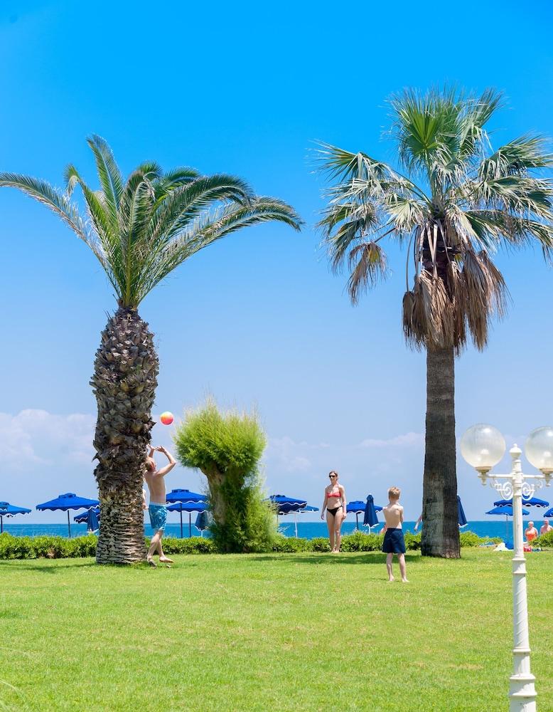 선 비치 리조트 콤플렉스(Sun Beach Resort Complex) Hotel Image 107 - Property Grounds