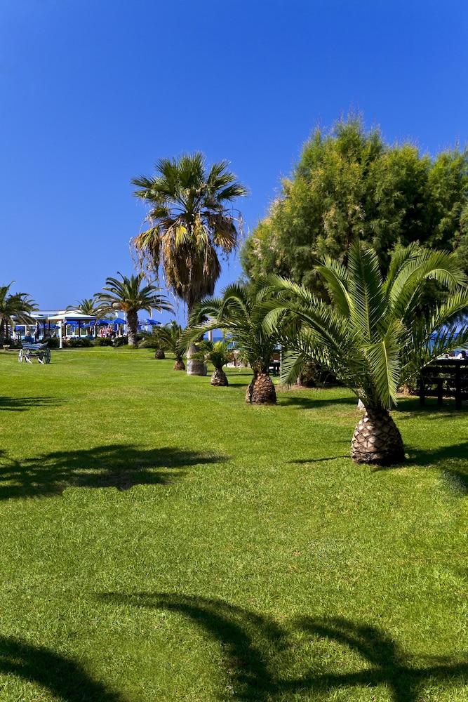 선 비치 리조트 콤플렉스(Sun Beach Resort Complex) Hotel Image 37 - Guestroom View