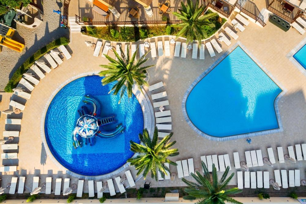 선 비치 리조트 콤플렉스(Sun Beach Resort Complex) Hotel Image 47 - Childrens Pool