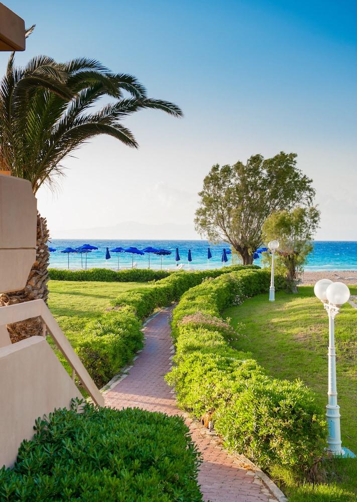 선 비치 리조트 콤플렉스(Sun Beach Resort Complex) Hotel Image 112 - Exterior detail