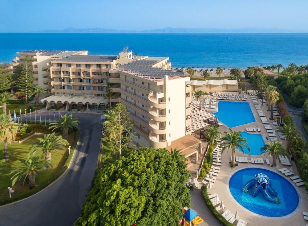 선 비치 리조트 콤플렉스(Sun Beach Resort Complex) Hotel Image 118 - Aerial View