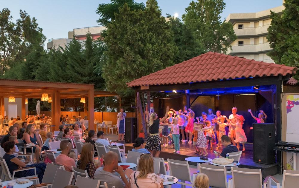 선 비치 리조트 콤플렉스(Sun Beach Resort Complex) Hotel Image 71 - Childrens Activities