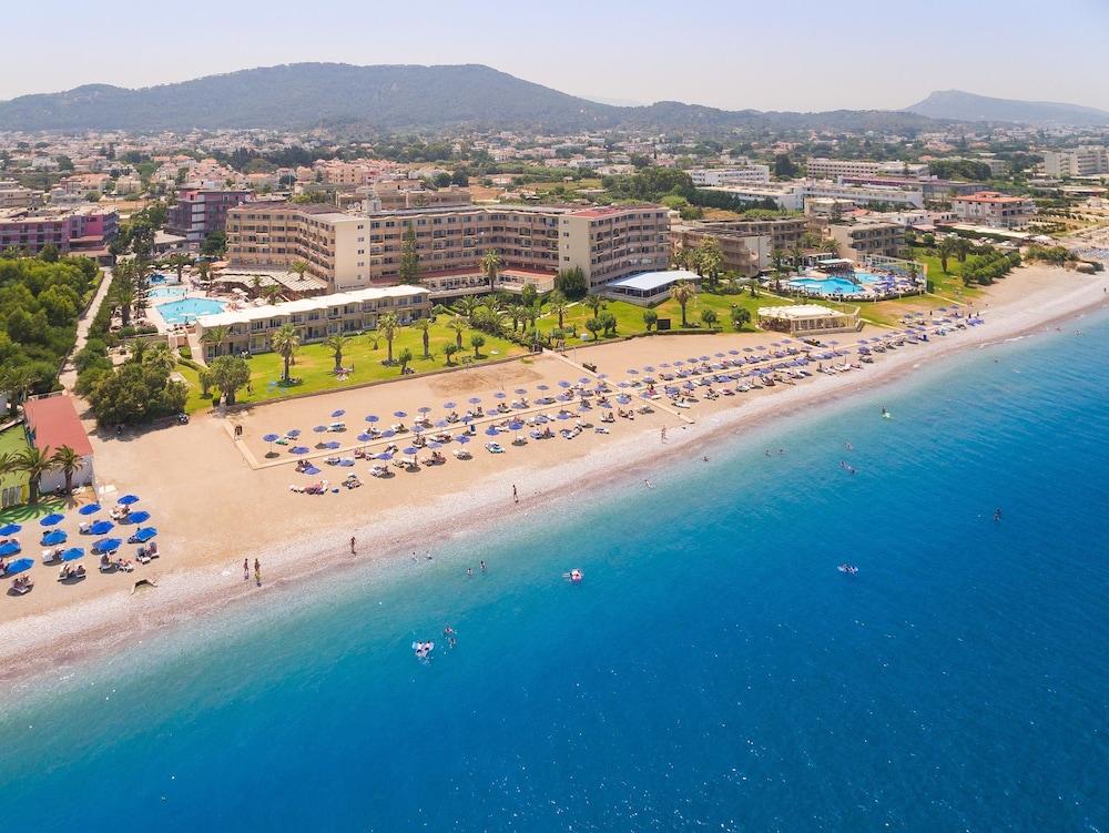 선 비치 리조트 콤플렉스(Sun Beach Resort Complex) Hotel Image 117 - Aerial View
