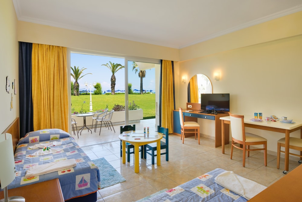 선 비치 리조트 콤플렉스(Sun Beach Resort Complex) Hotel Image 21 - Childrens Theme Room