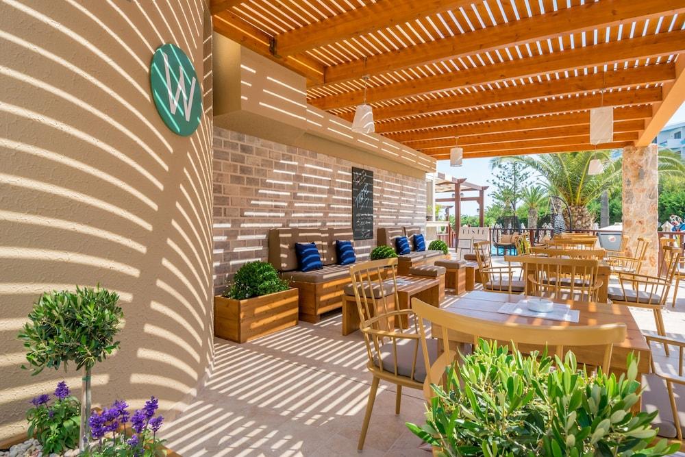 선 비치 리조트 콤플렉스(Sun Beach Resort Complex) Hotel Image 77 - Dining