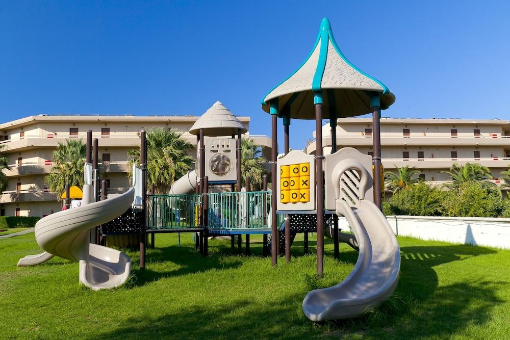 선 비치 리조트 콤플렉스(Sun Beach Resort Complex) Hotel Image 67 - Childrens Play Area - Outdoor