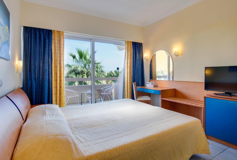 선 비치 리조트 콤플렉스(Sun Beach Resort Complex) Hotel Image 16 - Guestroom