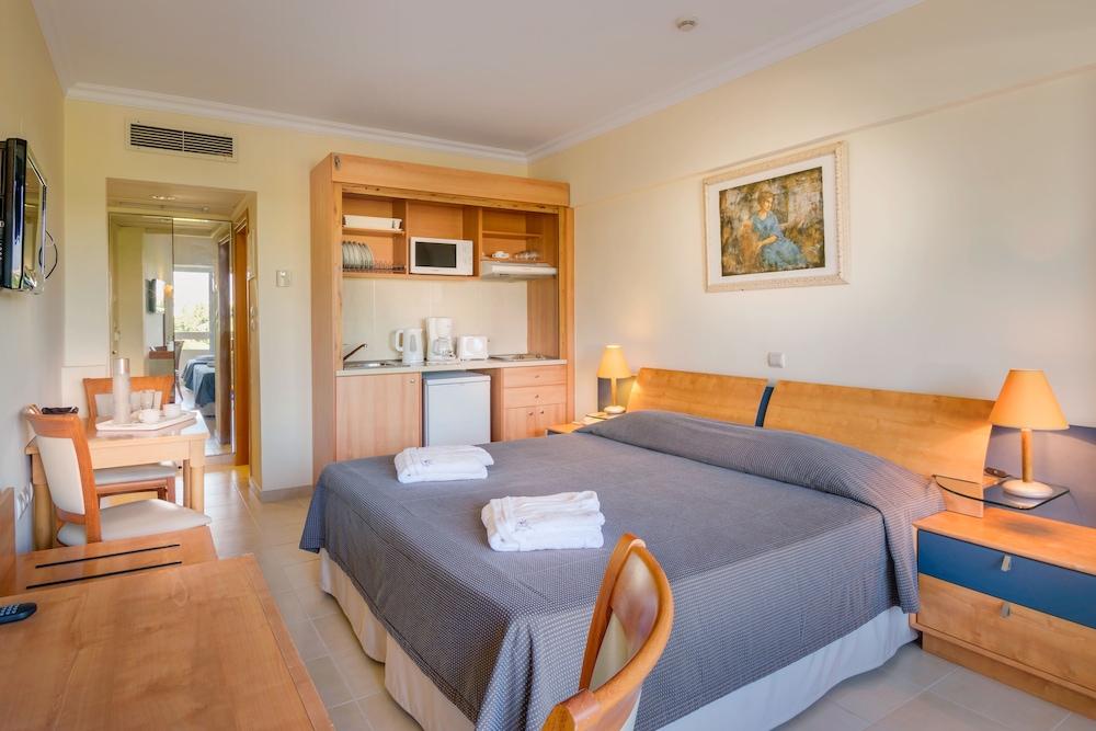선 비치 리조트 콤플렉스(Sun Beach Resort Complex) Hotel Image 7 - Guestroom