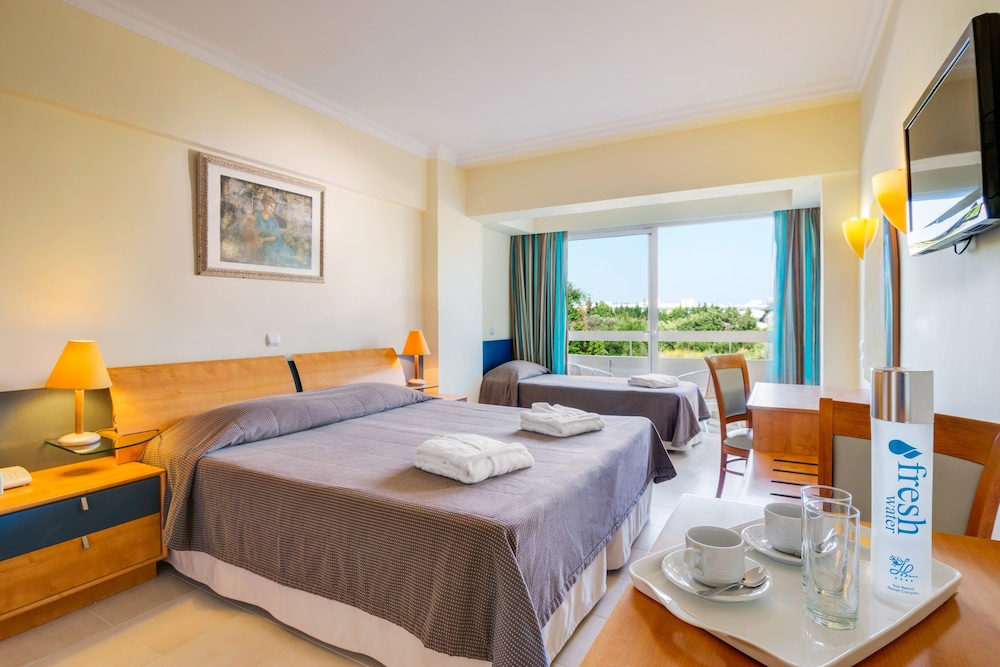 선 비치 리조트 콤플렉스(Sun Beach Resort Complex) Hotel Image 20 - Guestroom