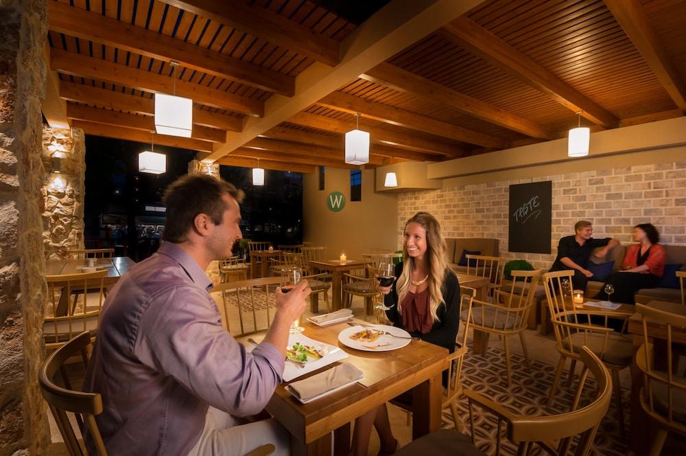선 비치 리조트 콤플렉스(Sun Beach Resort Complex) Hotel Image 75 - Dining