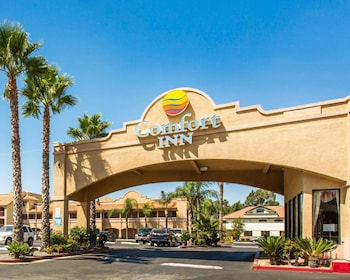 Comfort Inn Moreno Valley near March Air Reserve Base photo