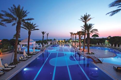 Belek - Limak Atlantis De Luxe Hotel & Resort - All Inclusive - z Warszawy, 21 kwietnia 2021, 3 noce