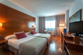 Hotel - Hotel Azarbe