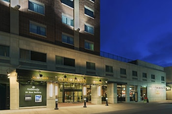 Courtyard by Marriott Little Rock Downtown photo