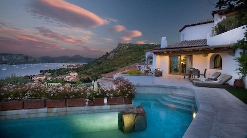 __{offers.Best_flights}__ Villa del Golfo Lifestyle Resort
