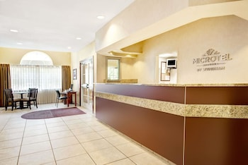 Microtel Inn & Suites by Wyndham San Antonio Airport North photo