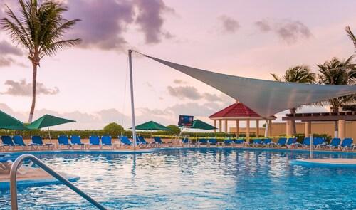 . GR Solaris Cancun & Spa - All Inclusive