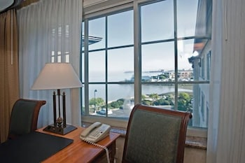 Deluxe Double Room, 2 Double Beds, Bay View