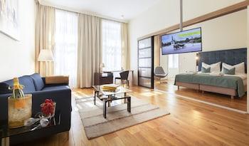 Hotel - HiLight Suites Hotel