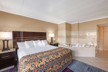 Suite, 1 Double Bed with Sofa bed, Smoking