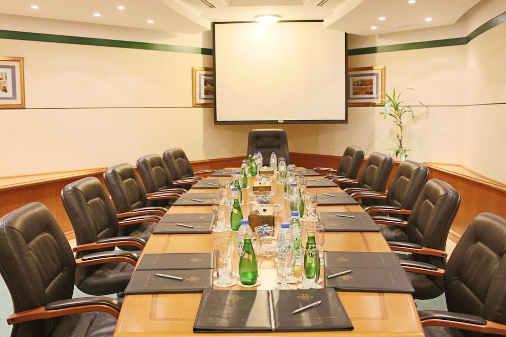 알 디아르 시지 호텔(Al Diar Siji Hotel) Hotel Image 51 - Meeting Facility