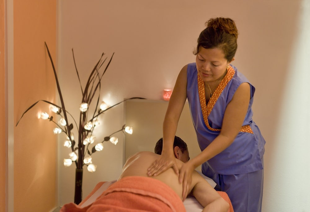 브라비로샤, S.A. - 로차 브라바 빌리지 리조트(Rocha Brava Village Resort) Hotel Thumbnail Image 54 - Massage
