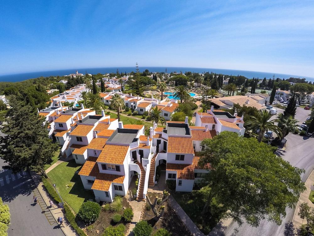 브라비로샤, S.A. - 로차 브라바 빌리지 리조트(Rocha Brava Village Resort) Hotel Image 53 - Aerial View