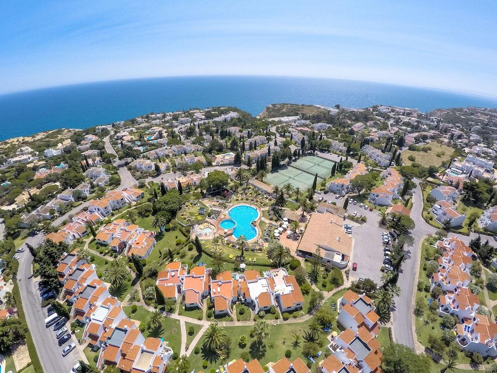 브라비로샤, S.A. - 로차 브라바 빌리지 리조트(Rocha Brava Village Resort) Hotel Image 54 - Aerial View
