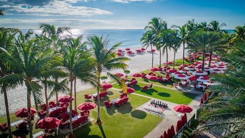 Miami Beach (FL) - Acqualina Resort & Residences On The Beach - z Katowic, 1 maja 2021, 3 noce